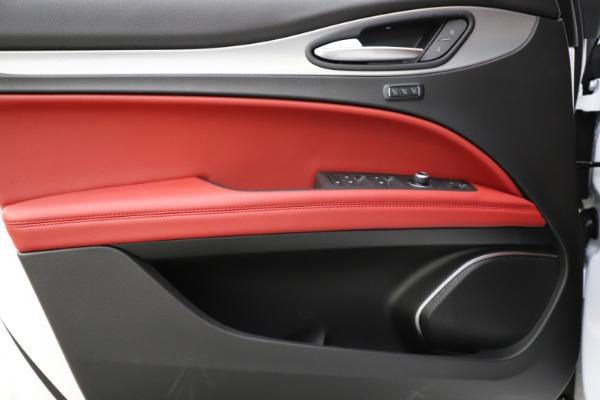 New 2020 Alfa Romeo Stelvio Ti Sport Q4 for sale $54,345 at Bugatti of Greenwich in Greenwich CT 06830 20