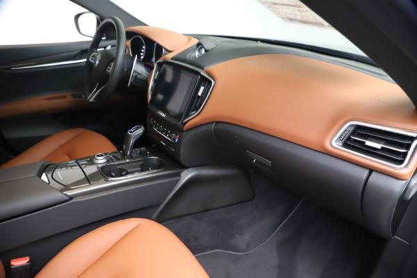 New 2020 Maserati Ghibli S Q4 for sale $87,285 at Bugatti of Greenwich in Greenwich CT 06830 22