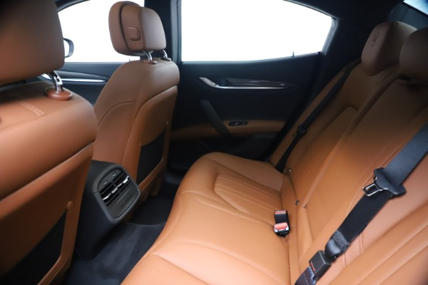 New 2020 Maserati Ghibli S Q4 for sale $87,285 at Bugatti of Greenwich in Greenwich CT 06830 19