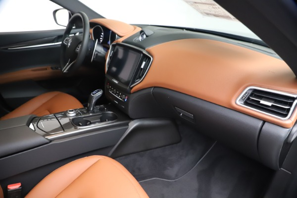 New 2020 Maserati Ghibli S Q4 for sale $87,285 at Bugatti of Greenwich in Greenwich CT 06830 22