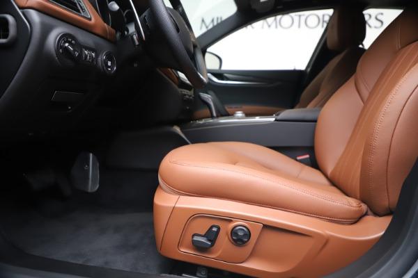 New 2020 Maserati Ghibli S Q4 for sale $84,735 at Bugatti of Greenwich in Greenwich CT 06830 14