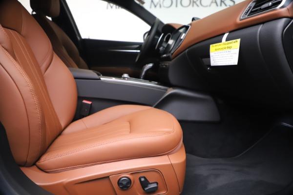 New 2020 Maserati Ghibli S Q4 for sale $84,735 at Bugatti of Greenwich in Greenwich CT 06830 23