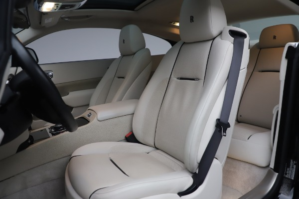 Used 2014 Rolls-Royce Wraith Base for sale $168,900 at Bugatti of Greenwich in Greenwich CT 06830 13
