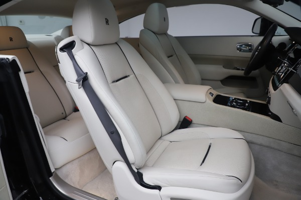 Used 2014 Rolls-Royce Wraith Base for sale $168,900 at Bugatti of Greenwich in Greenwich CT 06830 14