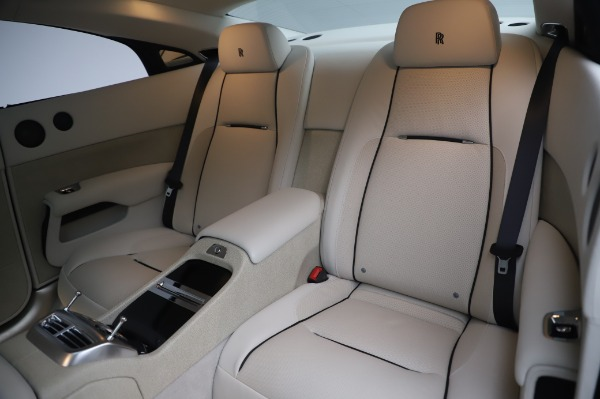 Used 2014 Rolls-Royce Wraith for sale $165,900 at Bugatti of Greenwich in Greenwich CT 06830 15
