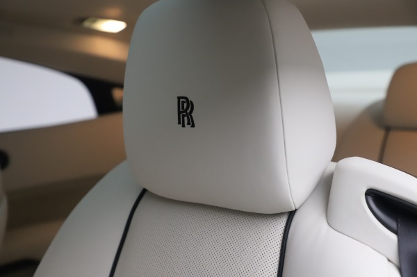 Used 2014 Rolls-Royce Wraith for sale $165,900 at Bugatti of Greenwich in Greenwich CT 06830 20