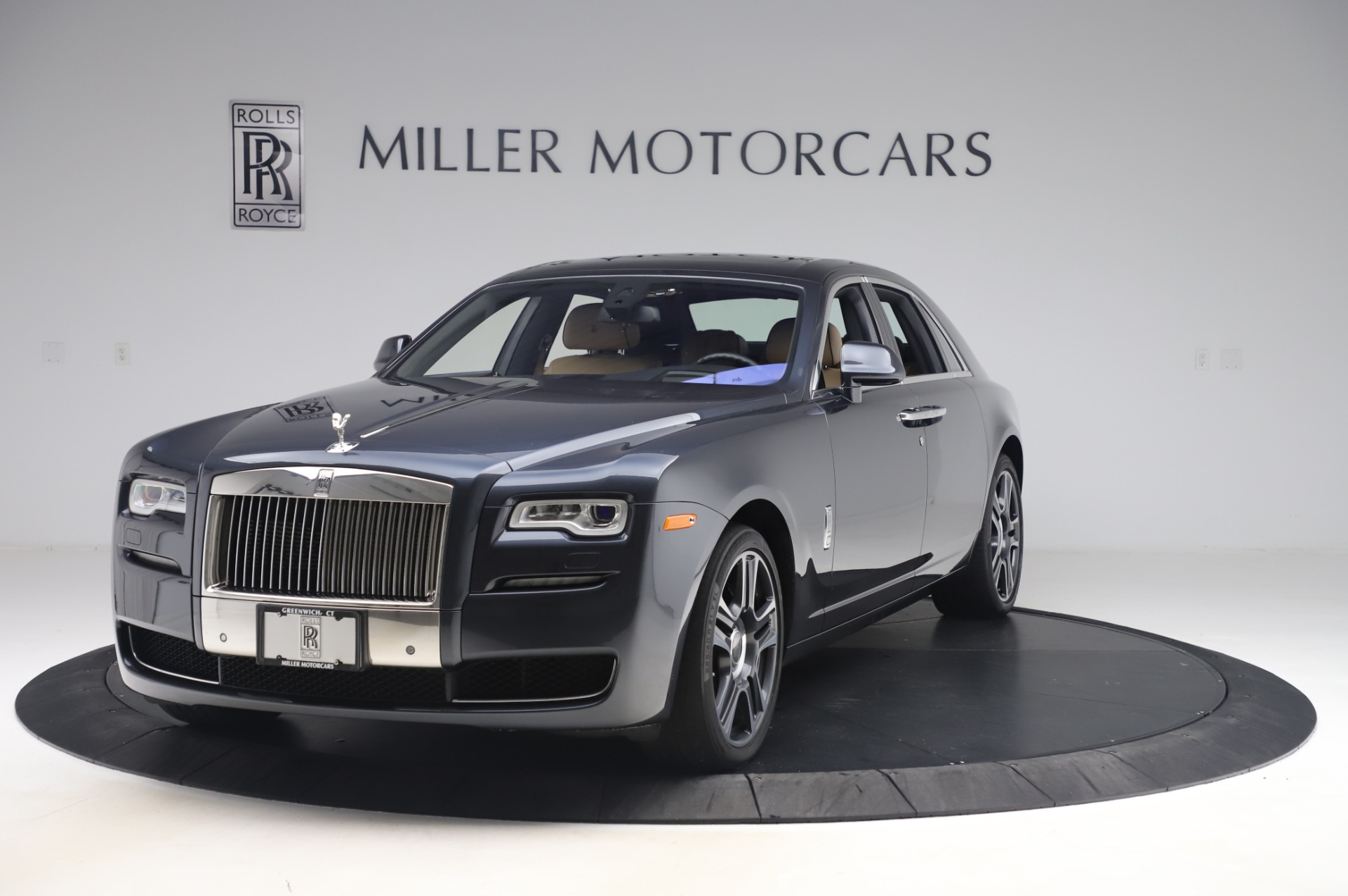 Used 2016 Rolls-Royce Ghost for sale $175,900 at Bugatti of Greenwich in Greenwich CT 06830 1