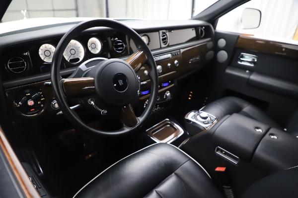 Used 2014 Rolls-Royce Phantom for sale $179,900 at Bugatti of Greenwich in Greenwich CT 06830 14
