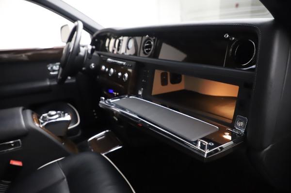 Used 2014 Rolls-Royce Phantom for sale Sold at Bugatti of Greenwich in Greenwich CT 06830 26