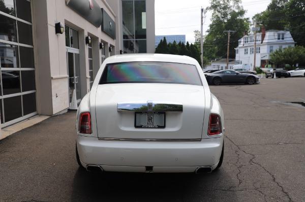 Used 2014 Rolls-Royce Phantom for sale Sold at Bugatti of Greenwich in Greenwich CT 06830 8