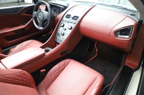 Used 2018 Aston Martin Vanquish S Volante for sale $183,900 at Bugatti of Greenwich in Greenwich CT 06830 19