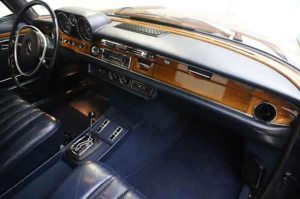 Used 1971 Mercedes Benz 300 SEL 6.3 for sale $117,000 at Bugatti of Greenwich in Greenwich CT 06830 22