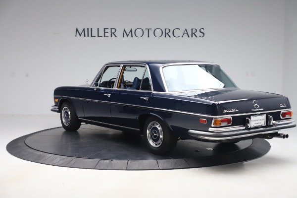 Used 1971 Mercedes Benz 300 SEL 6.3 for sale $117,000 at Bugatti of Greenwich in Greenwich CT 06830 5
