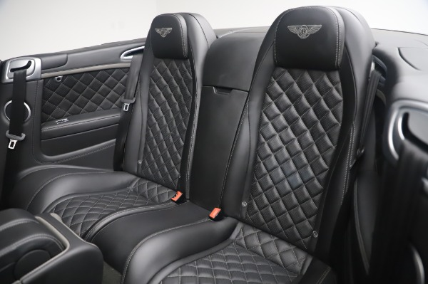 Used 2016 Bentley Continental GT Convertible Speed for sale $139,900 at Bugatti of Greenwich in Greenwich CT 06830 21