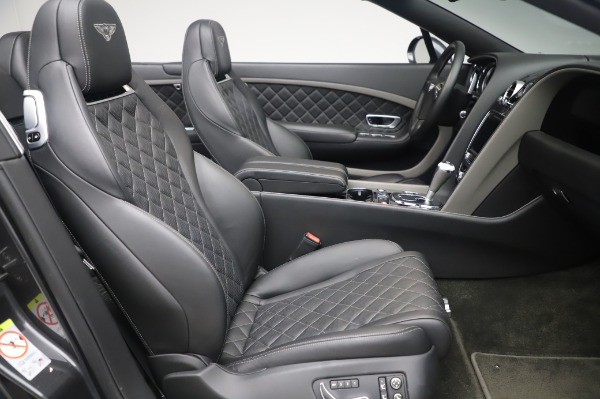 Used 2016 Bentley Continental GT Convertible Speed for sale $139,900 at Bugatti of Greenwich in Greenwich CT 06830 24
