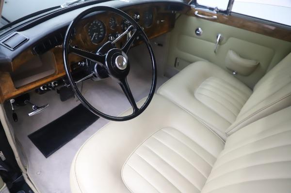 Used 1965 Rolls-Royce Silver Cloud III for sale $99,900 at Bugatti of Greenwich in Greenwich CT 06830 14