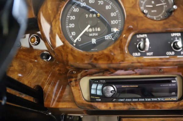 Used 1965 Rolls-Royce Silver Cloud III for sale $99,900 at Bugatti of Greenwich in Greenwich CT 06830 26