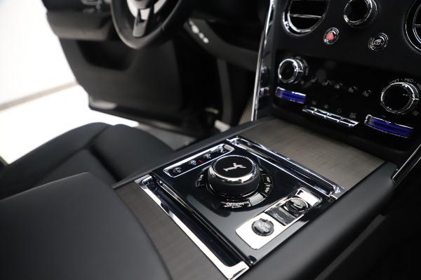 Used 2020 Rolls-Royce Cullinan for sale $355,900 at Bugatti of Greenwich in Greenwich CT 06830 20