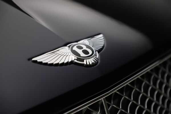 New 2021 Bentley Bentayga V8 for sale Sold at Bugatti of Greenwich in Greenwich CT 06830 15