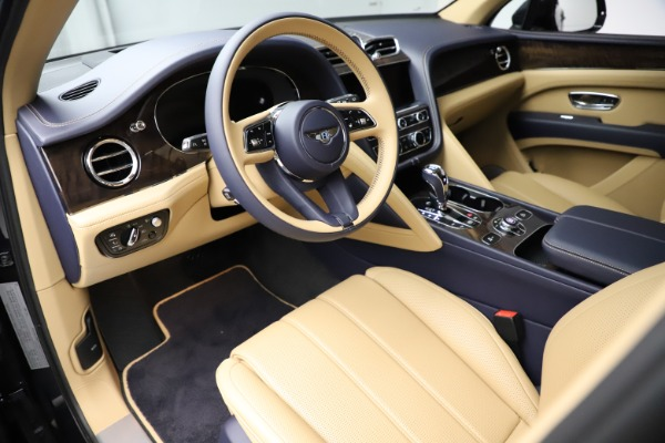 New 2021 Bentley Bentayga V8 for sale Sold at Bugatti of Greenwich in Greenwich CT 06830 17