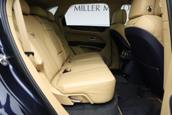 New 2021 Bentley Bentayga V8 for sale Sold at Bugatti of Greenwich in Greenwich CT 06830 28