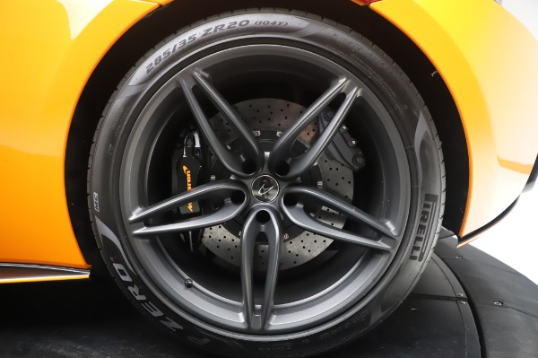 Used 2017 McLaren 570S Coupe for sale $149,900 at Bugatti of Greenwich in Greenwich CT 06830 15