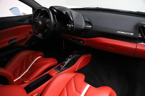 Used 2016 Ferrari 488 GTB Base for sale $239,900 at Bugatti of Greenwich in Greenwich CT 06830 17