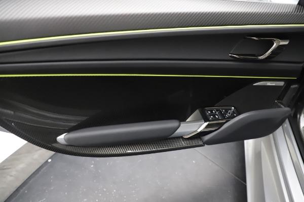 Used 2015 Porsche 918 Spyder for sale $1,389,900 at Bugatti of Greenwich in Greenwich CT 06830 25