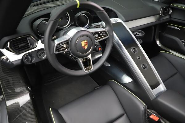 Used 2015 Porsche 918 Spyder for sale $1,389,900 at Bugatti of Greenwich in Greenwich CT 06830 27
