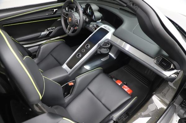 Used 2015 Porsche 918 Spyder for sale $1,389,900 at Bugatti of Greenwich in Greenwich CT 06830 28