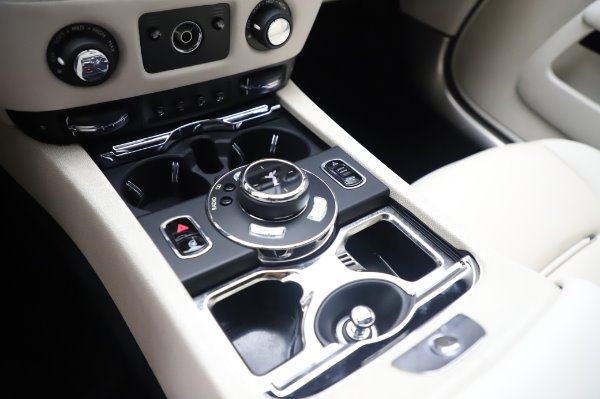 Used 2015 Rolls-Royce Wraith for sale Call for price at Bugatti of Greenwich in Greenwich CT 06830 20