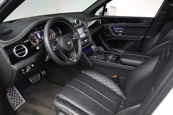 Used 2018 Bentley Bentayga Black Edition for sale Call for price at Bugatti of Greenwich in Greenwich CT 06830 19
