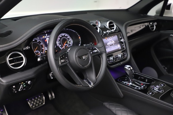 Used 2018 Bentley Bentayga Black Edition for sale Call for price at Bugatti of Greenwich in Greenwich CT 06830 23