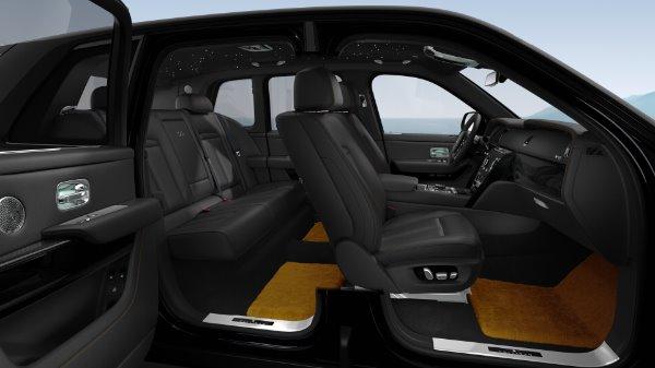 New 2021 Rolls-Royce Cullinan Black Badge for sale Sold at Bugatti of Greenwich in Greenwich CT 06830 10