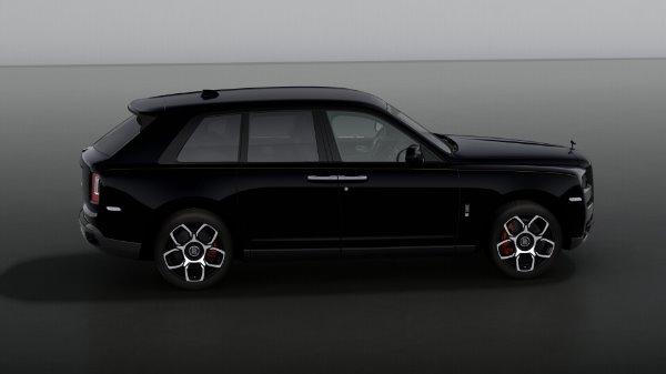 New 2021 Rolls-Royce Cullinan Black Badge for sale Sold at Bugatti of Greenwich in Greenwich CT 06830 5