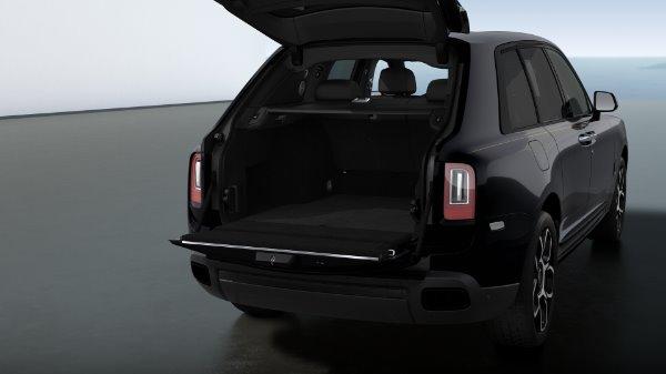 New 2021 Rolls-Royce Cullinan Black Badge for sale Sold at Bugatti of Greenwich in Greenwich CT 06830 6