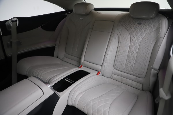 Used 2015 Mercedes-Benz S-Class S 550 4MATIC for sale Sold at Bugatti of Greenwich in Greenwich CT 06830 17