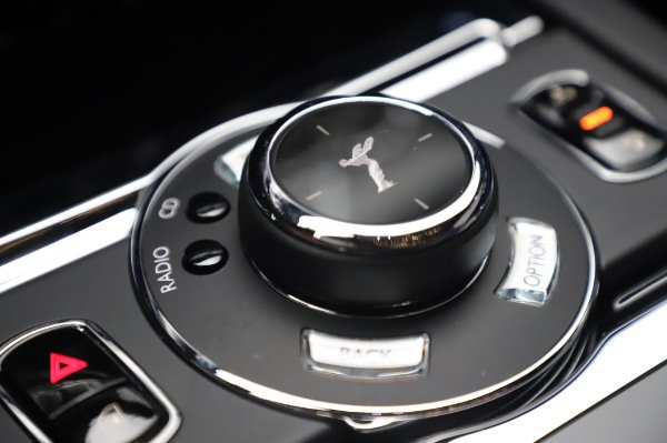 Used 2017 Rolls-Royce Wraith Black Badge for sale $269,900 at Bugatti of Greenwich in Greenwich CT 06830 19