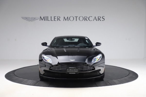 Used 2017 Aston Martin DB11 V12 Coupe for sale $149,900 at Bugatti of Greenwich in Greenwich CT 06830 11