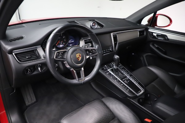 Used 2017 Porsche Macan GTS for sale $57,900 at Bugatti of Greenwich in Greenwich CT 06830 13