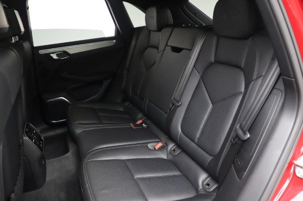 Used 2017 Porsche Macan GTS for sale $57,900 at Bugatti of Greenwich in Greenwich CT 06830 17
