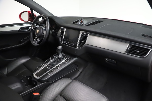 Used 2017 Porsche Macan GTS for sale $57,900 at Bugatti of Greenwich in Greenwich CT 06830 18