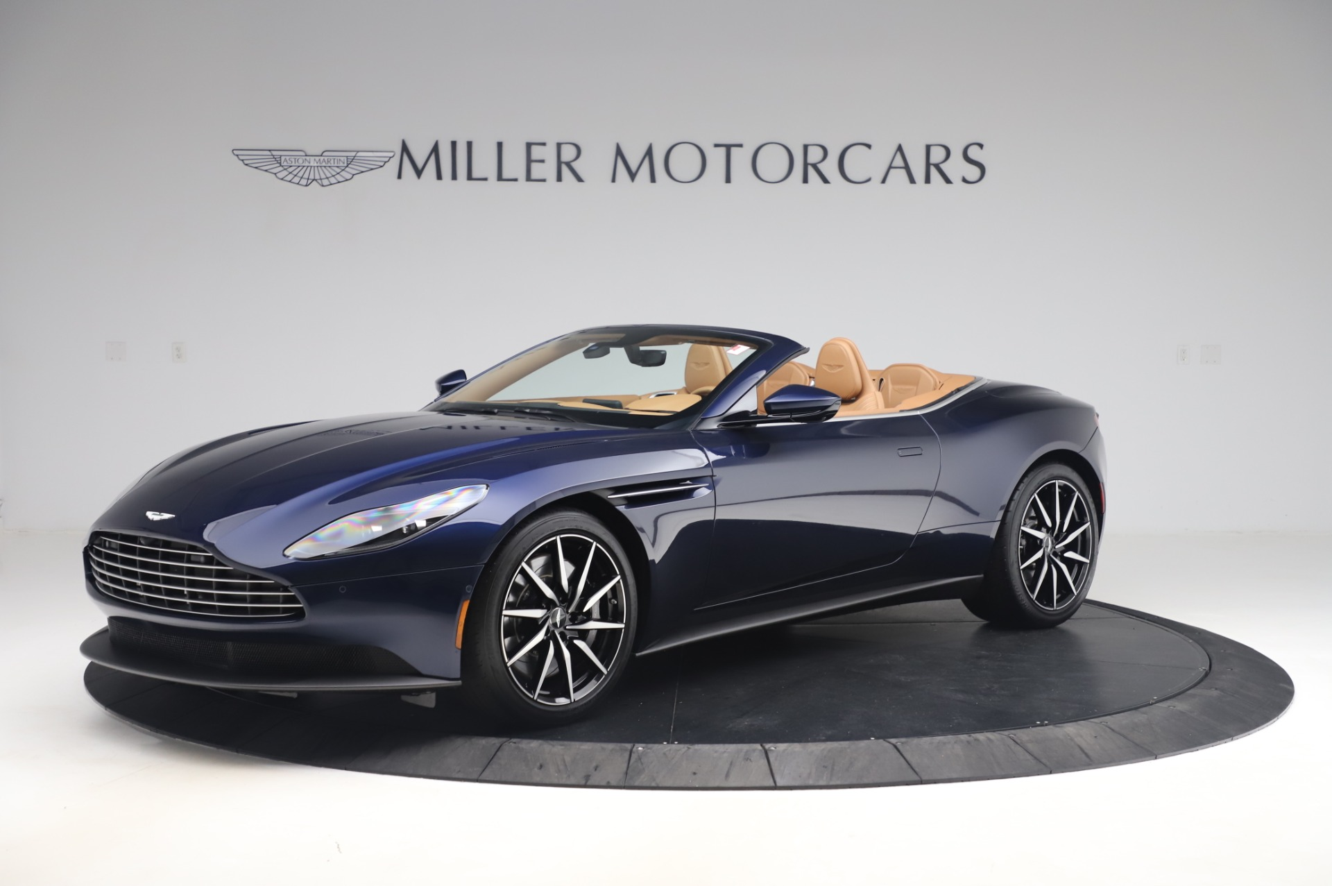 New 2020 Aston Martin DB11 Volante for sale $248,326 at Bugatti of Greenwich in Greenwich CT 06830 1