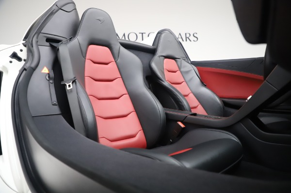 Used 2016 McLaren 650S Spider for sale $152,900 at Bugatti of Greenwich in Greenwich CT 06830 23