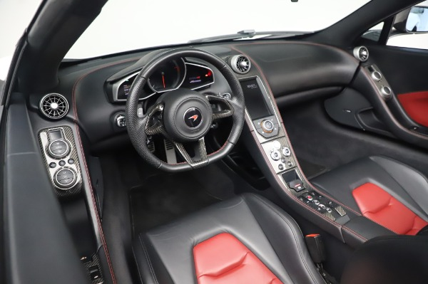 Used 2016 McLaren 650S Spider for sale $152,900 at Bugatti of Greenwich in Greenwich CT 06830 26