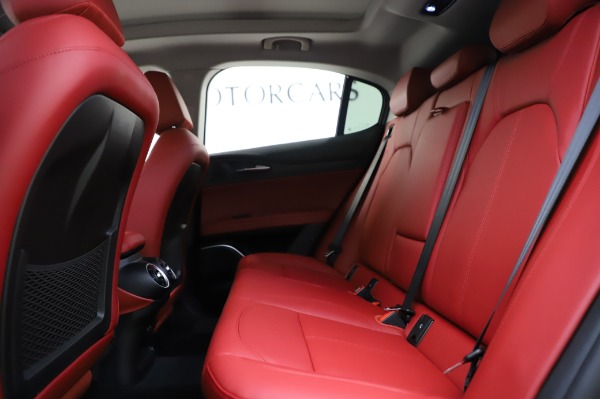 New 2020 Alfa Romeo Stelvio Sport Q4 for sale $50,195 at Bugatti of Greenwich in Greenwich CT 06830 19