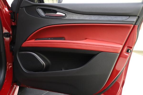 New 2020 Alfa Romeo Stelvio Sport Q4 for sale $50,195 at Bugatti of Greenwich in Greenwich CT 06830 25