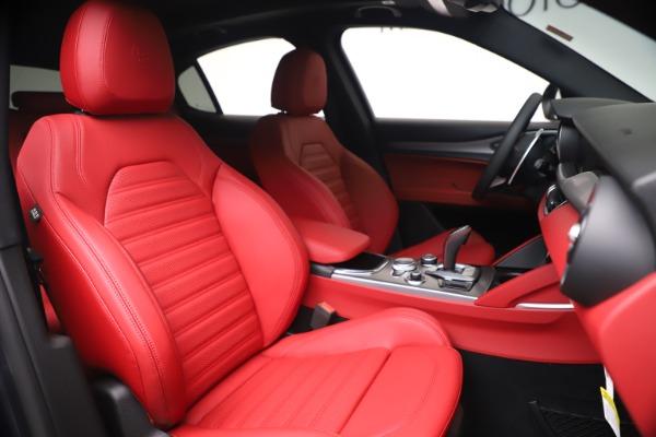 New 2020 Alfa Romeo Stelvio Ti Sport Q4 for sale $56,145 at Bugatti of Greenwich in Greenwich CT 06830 22