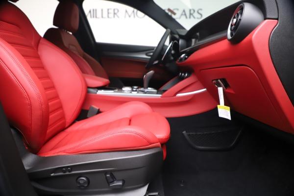 New 2020 Alfa Romeo Stelvio Ti Sport Q4 for sale $56,145 at Bugatti of Greenwich in Greenwich CT 06830 23