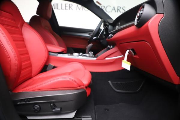 New 2020 Alfa Romeo Stelvio Ti Sport Q4 for sale $53,545 at Bugatti of Greenwich in Greenwich CT 06830 23